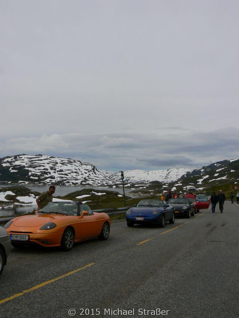 2007 - Norwegen - Stau auf der Hochebene vor einer Ampel